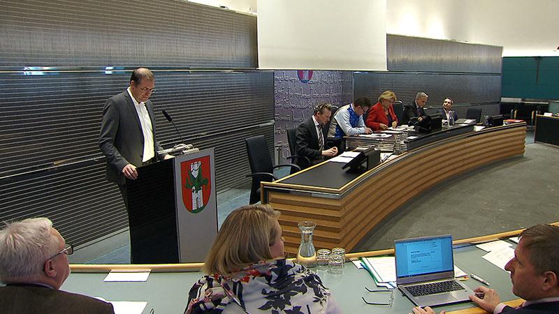 Benediktinerschule Sondersitzung Gemeinderat Abstimmung Bieter