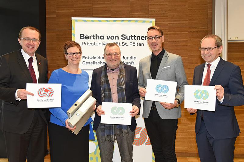 Bürgermeister Matthias Stadler, Kanzlerin Silvia Weigl, Rektor Peter Pantuček-Eisenbacher, ÖAGG-Generalsekretär Markus J. Daimel und FH-Geschäftsführer Gernot Kohl.
