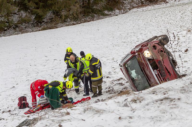 Lebensretter Gföhl Krems Autounfall 83-Jährige