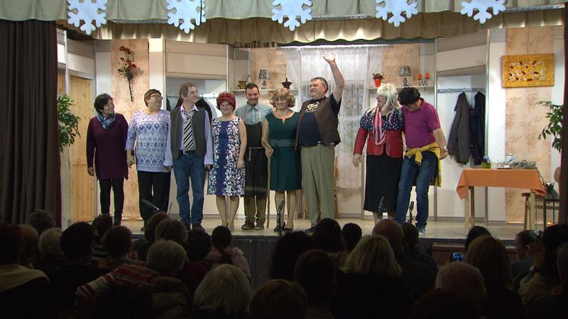 Glumci gostovali u Bizonji