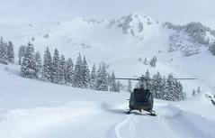 Hubschrauber im Schnee