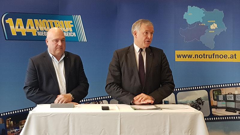Notruf NÖ Geschäftsführer Christof Constantin Chwojka und Landerat Martin Eichtinger