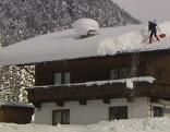 Schnee Dach Räumung