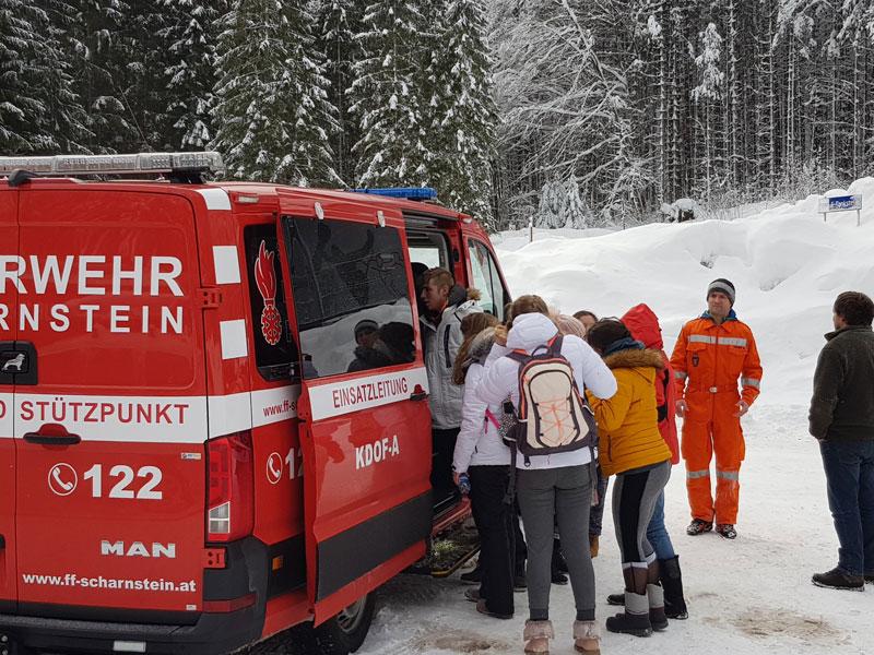 Schüler mit Hubschrauber gerettet