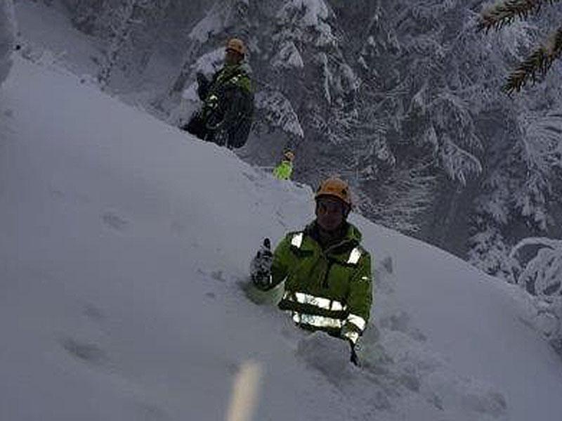 Stromausfälle Reparaturarbeiten Schnee