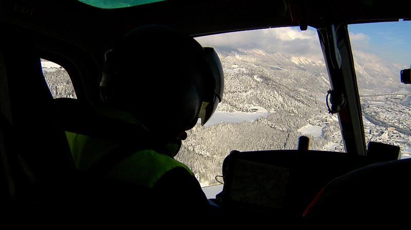 Flug mit Hubschrauber