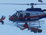 Polizeihubschrauber bei Lawineneinsatz