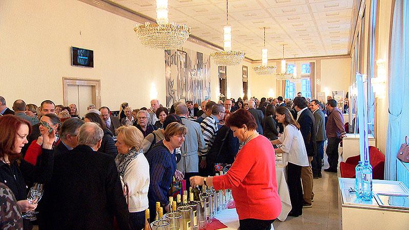 Opernballwein aus Mörbisch