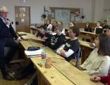 Ethikunterricht am Musischen Gymnasium mit dem evangelischen Religionslehrer Volker Toth