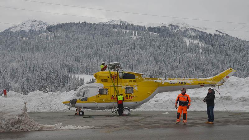 Hubschrauber Abtransport