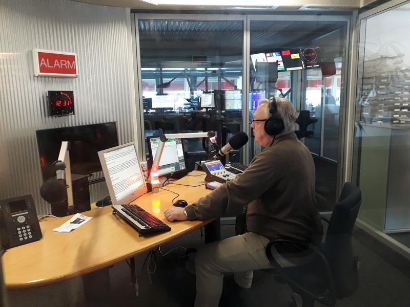 Nachrichtenstudio mit Gerhard Rettenegger