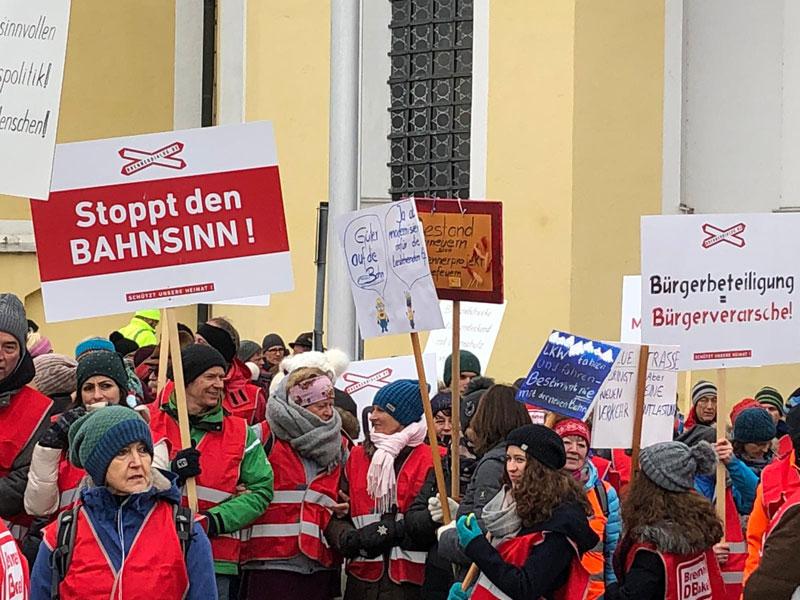 Demo Bayern gegen Bahnausbau