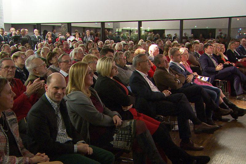 Publikum beim Auftakt zum SPÖ Gemeinderatswahlkampf in der Stadt Salzburg