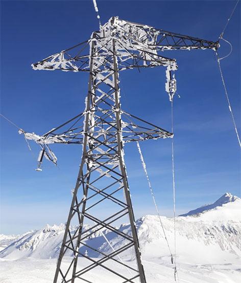 110 kV Leitung auf dem Hundsfeld bei Zederhaus zerstört