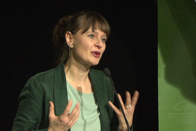 Martina Berthold bei Wahlkampfrede