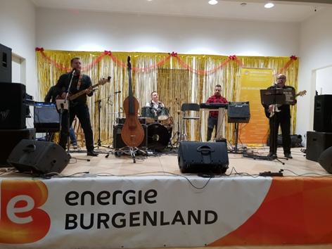 Roma-Band Del tuha aus Slowenien