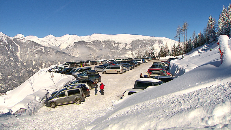 Parkplatz in Winterlandschaft