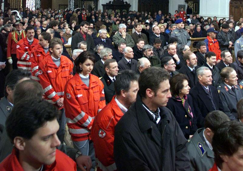 Gottesdienst für die Lawinenopfer in der Wiltener Stiftskirche in Innsbruck