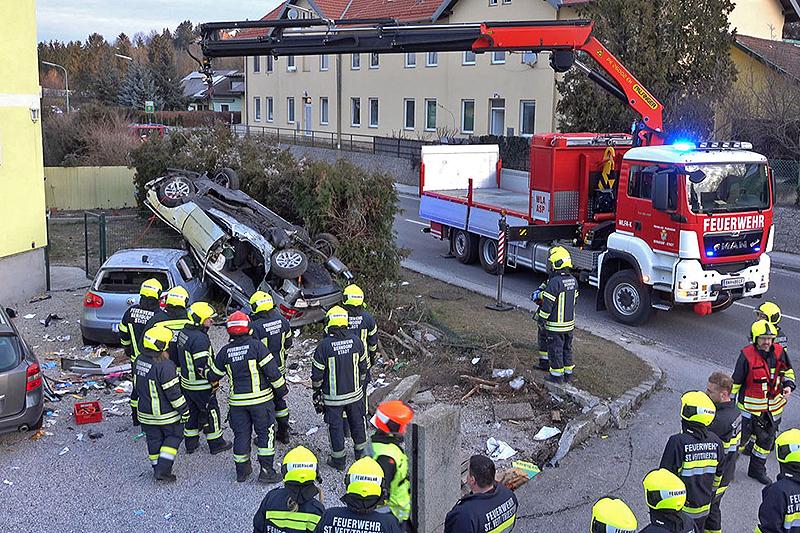 Verkehrsunfall Auto Sankt Veit