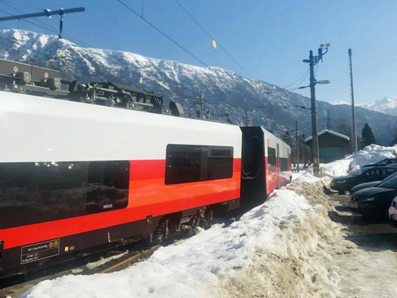Zug Cityjet entgleist Steeg Gosau