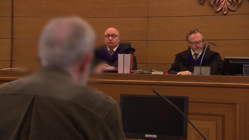 Nazi Museum im Keller Gericht Prozess NS