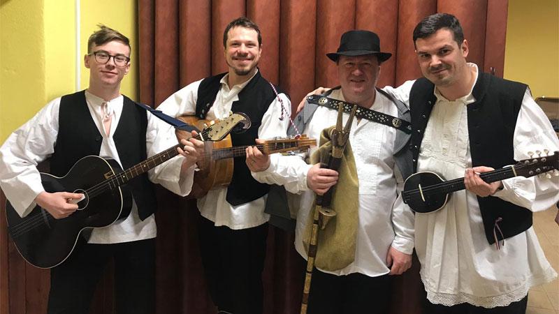 Novosielski muzikaši pri 32. Gajdaškom festivalu