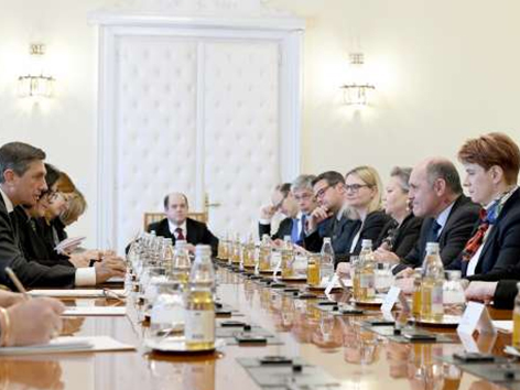 Sobotka Pahor manjšina pogovori obisk