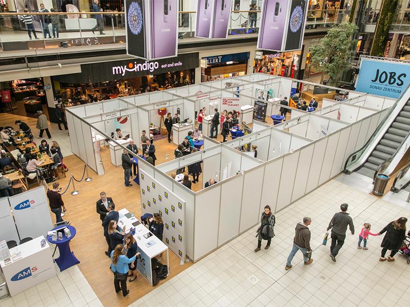 Jobmesse in Einkaufszentrum