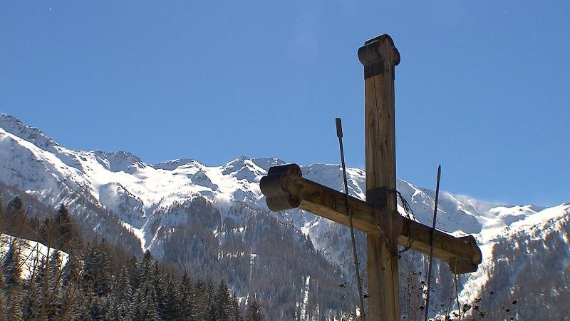 Falterschein Kreuz