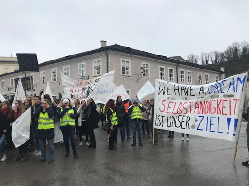 Demo für Schultautonomie in Oberndorf