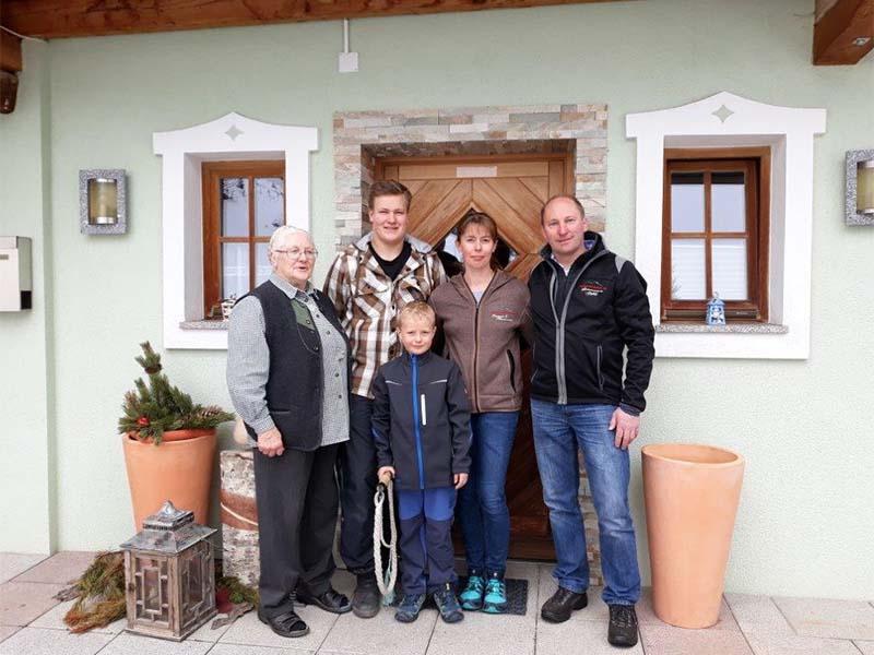 Steinmannbauer-Familie