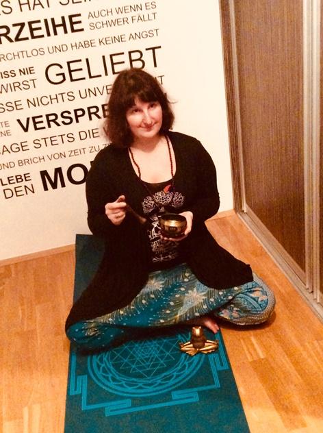 Zuzana Sleuyter | Yogalehrerin