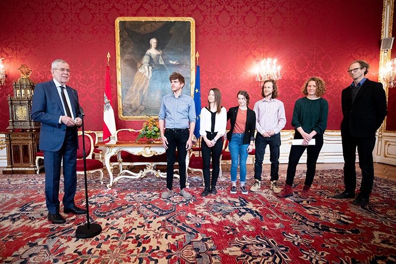 """Bundespräsident Alexander Van der Bellen empfängt am Montag, 18. März 2019, die """"fridays for future""""-Organisatoren in der Präsidentschaftskanzlei in Wien"""