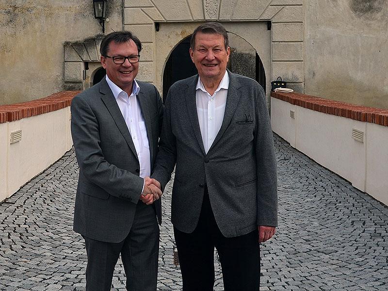 Norbert Darabos übernimmt das Ehrenamt des Präsidenten am ASPR von Dr. Peter Kostelka
