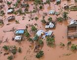 Überschwemmung nach den verheerenden Zyklin in Mosambik