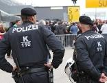 Polizei Fußball Admira Wacker Mödling Tribüne