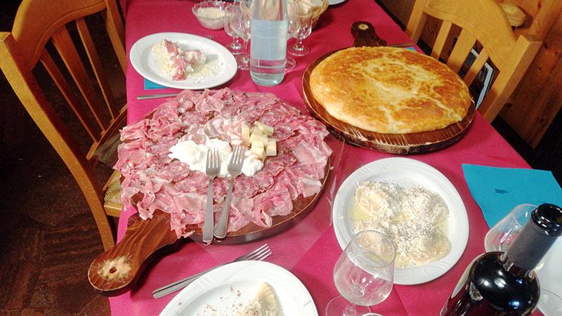 SSC Wanderung Val D'Arzino Spezialitäten Essen Frico