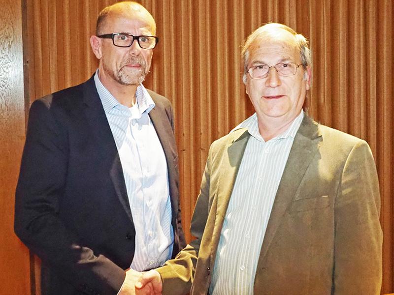 Bild zeigt Bürgermeister Eugen Gabriel und Nachfolger Walter Gohm