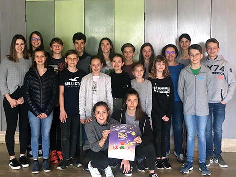 """gledališka skupina """"Baško jezero"""""""