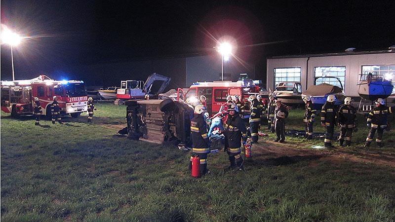 Verkehrsunfall Kirschentheuer Pizzazustellwagen Kreisverkehr