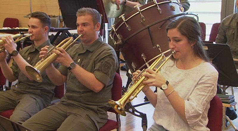 Anwärterin Militärmusik