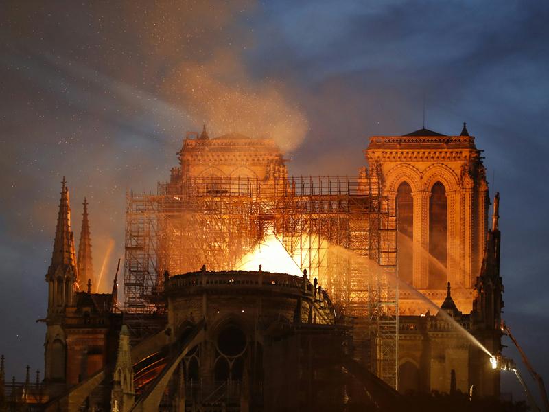 Paris Notre Dame Brand Farafellner Feuerwehr