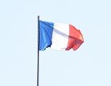 Französische Flagge weht im Wind