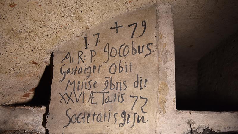 Im Grazer Dom wurden zwei Gruften geöffnet