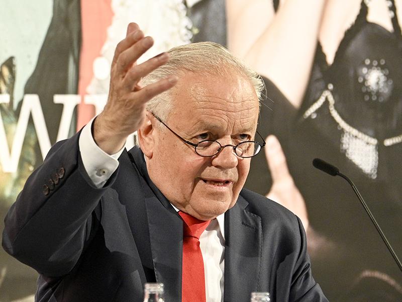 Robert Meyer, Direktor Volksoper