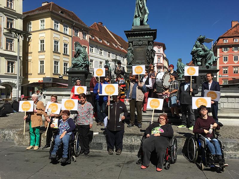 Aktion der Lebenshilfe auf dem Grazer Hauptplatz