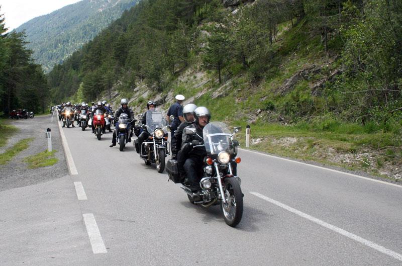 Motorradverkehr im Außerfern