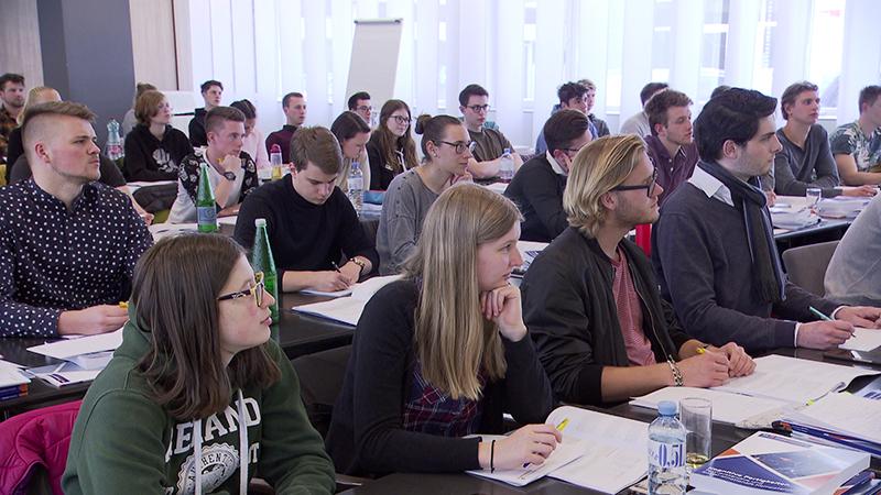 17.05.19 Landesförderung Medizin-Aufnahmetest Forderung Studienplatzerhöhung