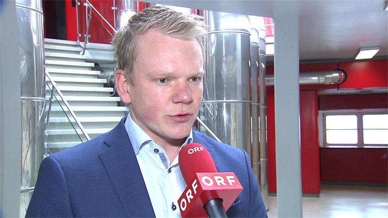 FPÖ-Chef Christof Bitschi im ORF Funkhaus in Dornbirn beim Interview