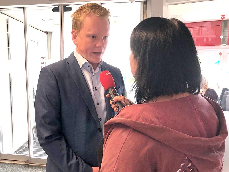 Bitschi im Interview mit ORF Redakteurin Ines Hergovits Gasser